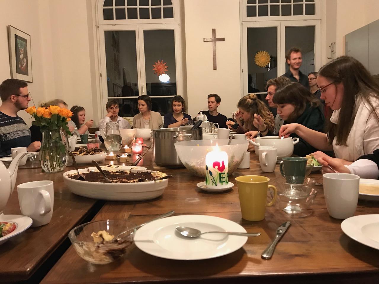 Weihnachten hinter Gittern / Adventfeier